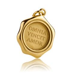 Expressiver Schmuck Gold Anhänger OMNIA VINCIT AMOR